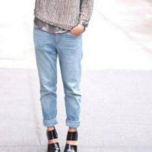 H&M Light Wash Tapered Leg Boyfriend Jeans